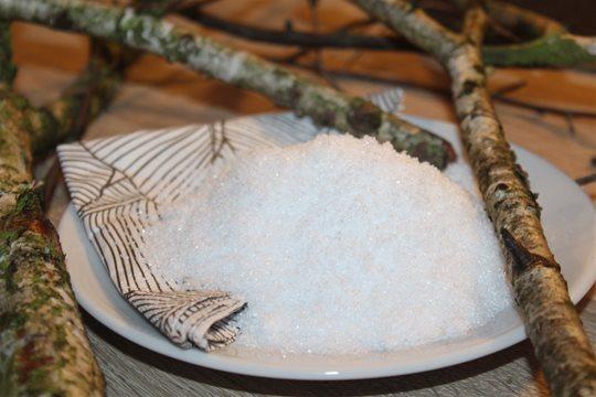 Brezový cukor ako zdravá náhrada bieleho repného cukru