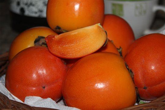 Hurmikaki, šťavnaté plody plné vitamínov.